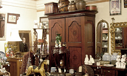 antique dealers items